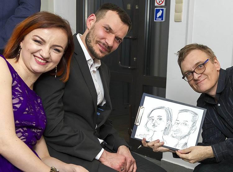 znany karykaturzysta na wesele karykatury na żywo atrakcje weselne atrakcja rysowanie karykatur
