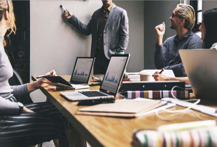 sposoby prowadzenia biznesu tryb online